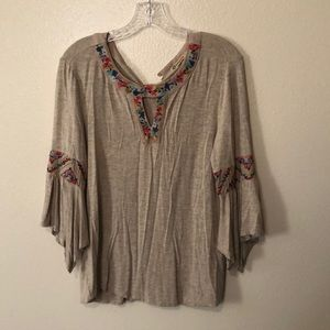 Democracy top, size small